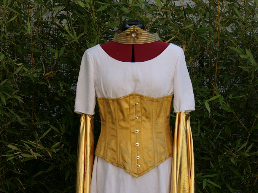 Costume de grande Théogoniste
